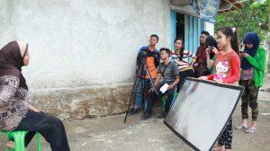 Pelajar karanggayam saat produksi FIlm Golak