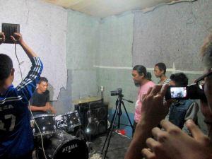 Suasana Produksi Video Klip di Oemah Alit